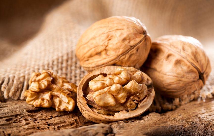 Грецкие орехи обогащают мужской организм цинком, магнием и кальцием