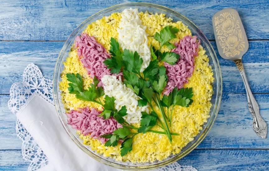 Вкусные простые рецепты на 8 марта